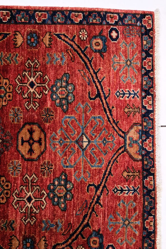 red-patterned-handmade-rug